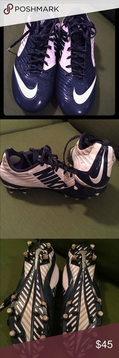 Men's Nike Speed Football Cleats Pair of Men's Nike Speed football cleats. Size 9.5 and still in like new condition. They are navy and white with a little gray. Nike Shoes Athletic Shoes