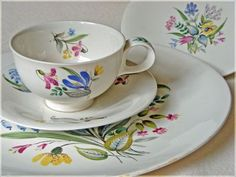 this design comes as a whole set of dishes