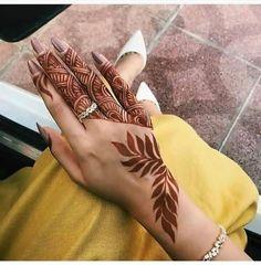 51 Fascinating Karwa Chauth Mehndi Designs For Newlywed Brides - Henna Henna Hand Designs, Dulhan Mehndi Designs, Tribal Henna Designs, Modern Henna Designs, Mehndi Designs Finger, Mehndi Designs For Girls, Arabic Henna Designs, Mehndi Designs 2018, Stylish Mehndi Designs
