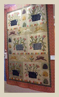 Award: Vendor's Award from Heartland Quilt Shop Pattern: Jan Patek, Block of the Month from Homestead Hearth Hand Applique, Applique Patterns, Quilt Patterns, Wool Applique, Wool Embroidery, Block Patterns, Applique Designs, Primitive Quilts, Antique Quilts