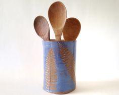 Rustic Home Decor. Ceramic Utensil Holder, Kitchen Utensil Holder, Storage Canisters, Kitchen Rustic, Pottery Vase, Ceramic Vase, Kitchen Organization, Fern, Safe Food