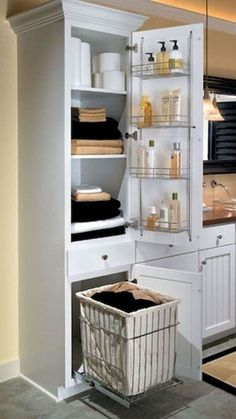 Here you will discover bathroom design on a budget, ideas for small bathrooms, guest bathroom decor ideas and diy bathroom style Bathroom Styling, Bathroom Storage, Bathroom Interior, Bathroom Organization, Bathroom Cabinets, Organization Ideas, Storage Ideas, Towel Storage, Storage Design