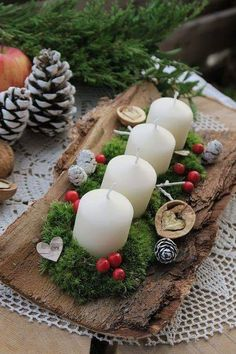 120 magical christmas centerpieces that you can do in no time 35 Christmas Advent Wreath, Magical Christmas, Christmas Love, Rustic Christmas, Christmas Themes, Winter Christmas, Christmas Bedroom, Holiday, Christmas Tablescapes