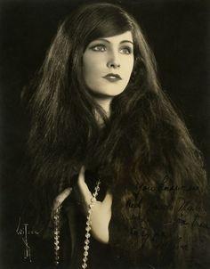 Melva Cornell, 1920s: Albert Witzel