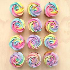 rainbow roses cupcake