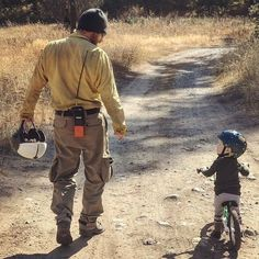 12.2k Followers, 2,136 Following, 1,676 Posts - See Instagram photos and videos from Nutcase Helmets (@nutcasehelmets) Need Someone, Happy Father, Helmets, Looking Up, That Look, Dads, Posts, Photo And Video