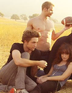 """""""Yes, Robert Pattinson is between my legs and a half naked Kellan Lutz is above me. Nice work if you can get it."""" ~ Elizabeth Reaser (made up quote)"""