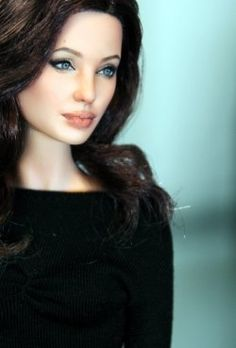 Hollywood Dolls 2012 - OOAK Angelina Jolie Barbie Doll by Noel Cruz whoa!! i thought it was a picture!!!