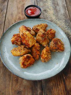 Nuggets de poulet maison - La meilleure recette Chicken Nuggets, Tapas, Salty Foods, Scampi, Kfc, Healthy Drinks, Tandoori Chicken, Bon Appetit, I Foods