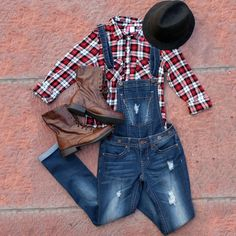 Denim x Halloween  Sassy Scarecrow Costume with Hydraulic Overalls   Although Halloween is a spell away, we thought we'd help you out with easy-to-make costumes that everyone will love using pieces you already have in your closet!  Use Promo Code: OCTDENIM to save $10 through 10/31