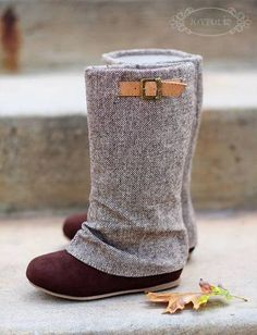 These boots are Fall must-have. Speckled tweed and chocolate suede add beautiful texture to these tall and comfy slouch boots.  They are finished with a camel-colored belted strap.  Boots pull on.  Lined in eco-cotton, tan eco-friendly soles.  Includes a matching clip!
