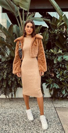 Look fashion camila coelho Simple Outfits, Classy Outfits, Chic Outfits, Fall Outfits, Fashion Outfits, Sweater Dress Outfit, Knit Dress, Look Fashion, Fashion Clothes