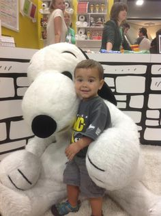 I always wondered if Snoopy is classified as an albino beagle & if so, how did he avoid being euthanized shortly after birth.