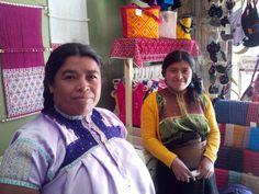 Tejedoras y bordadoras de San Juan Chamula.