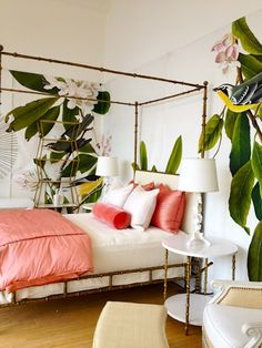 Love the coral duvet and pillows and the bold wallpaper via splendid sass blog