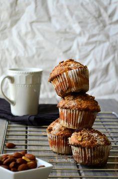 Coffee & Cinnamon-Almond Streusel Muffins via Food Paradise #recipe