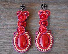 Imagen relacionada Shibori, Diana, Jewelery, Earrings, Ideas, Stud Earrings, Necklaces, Bangle, Flamenco