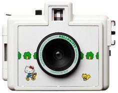 Kawaii Desu Ne - Golden Half Hello Kitty Camera   Population GO