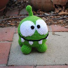 Cute green monster toy. Toy am yum amigurumi scheme