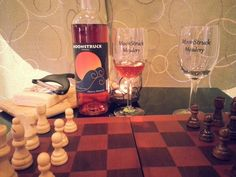 Mead, tasty Jisa cheese and a game of chess