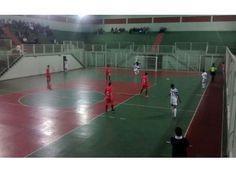 Passos estreia com empate na Taça EPTV de Futsal. http://www.passosmgonline.com/index.php/2014-01-22-23-07-47/esporte/4796-passos-estreia-com-empate-na-taca-eptv-de-futsal