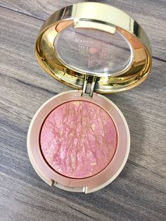 Milani Baked Powder Blush. Blushing Beauties Top Blush Picks Best Drugstore Makeup, Best Makeup Products, Beauty Products, Beauty Makeup, Beauty Tips, Beauty Hacks, Bronzer, Concealer, Makeup Must Haves