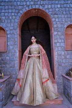 Pakistani Formal Dresses, Wedding Dresses For Girls, Indian Wedding Outfits, Bridal Outfits, Indian Outfits, Bridal Dresses, Indian Bridal Fashion, Indian Fashion Dresses, Dress Indian Style
