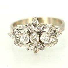 Vintage 14 Karat White Gold Diamond Cocktail Ring Fine Estate Jewelry Pre-Owned