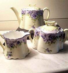 Violets Bavarian Tea Pot with Creamer and Sugar – Beautiful – Excellent Vintage Condition Antique Dishes, Vintage Dishes, Vintage Tea, Teapots And Cups, My Cup Of Tea, Coffee Set, Chocolate Pots, Tea Accessories, Afternoon Tea