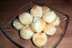 Picture of Recept - Svatební koláčky Czech Recipes, Hamburger, Muffin, Dairy, Food And Drink, Bread, Cheese, Baking, Breakfast