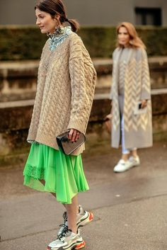 Best Street Style fashion for sale - Featured Fashion Trends - Fashion Weeks, Trend Fashion, Estilo Fashion, Fashion Mode, Moda Fashion, Womens Fashion, Runway Fashion, Best Street Style, Street Style 2018