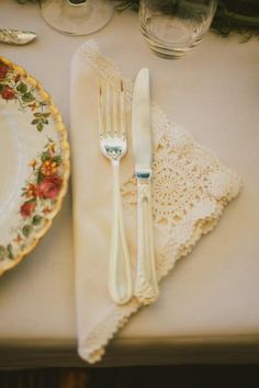Country lace napkins and floral print plates (photo by Lara Hotz)