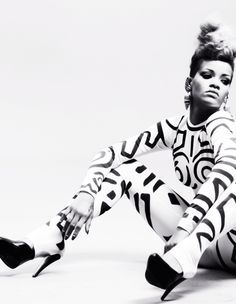 Rihanna in the filming of'' Rude Boy'' I love.