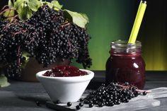 Puede en frascos de vidrio conservar jarabe de saúco, mermelada, jalea…