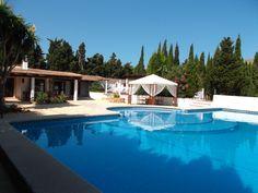 Finca umgeben von Zypressen und Oliven - Living Scout - die schönsten Immobilien auf MallorcaLiving Scout – die schönsten Immobilien auf Mallorca