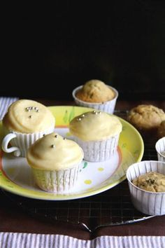 Tea Cupcakes with Condensed Milk Icing « The Cupcake Blog
