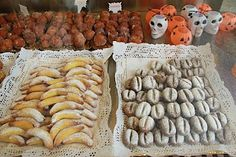 Buñuelos: Spanish donut holes served in Spain in November and March -- #Halloween in #Spain