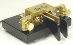 The Kent Twin Paddle Morse Key