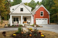 September is here and it's time to turn a thoughtful eye to outdoor fall decorating. See this collection of inspirational exterior fall photos for ideas.