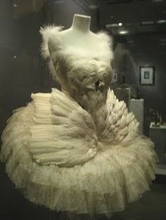 Swan costume - c. 1905 - Worn by Anna Pavlova in The Dying Swan - Costume design by Leon Bakst