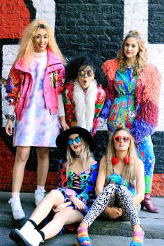 We love the vibrant and colourful style of the UK blogging group, Confetti Crowd