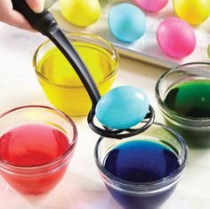 Test Kitchen Tip: Our Prep Bowls and Mix 'N Chunk make egg dying easy (even for unsteady little hands).