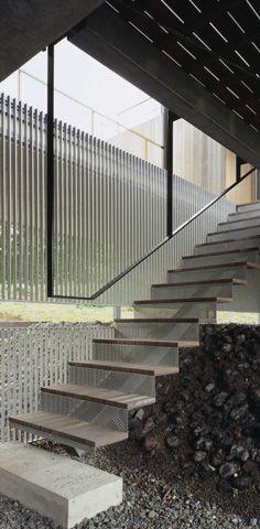 Yasutaka Yoshimura - mezzanine