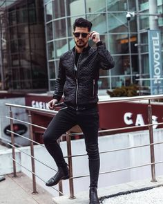 Only good vibes with 😎 Do you like this jacket? Feel free to give me your opinion just below! Have a nice day! Style Fashion, Mens Fashion, Good Vibes, Good Day, Romania, Outfit Of The Day, Leather Pants, Give It To Me, Feelings