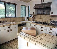 Kitchen bath remodeling - find your slash Small Space Kitchen, Kitchen Sets, Kitchen On A Budget, Kitchen And Bath, Cheap Bathroom Remodel, Kitchen Remodel, Ikea Butcher Block, Cheap Baths, Tile Layout