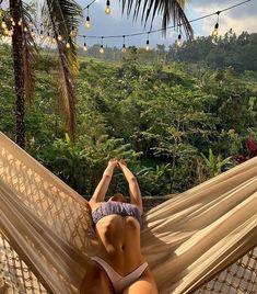 Summer Vibe, Summer Feeling, Insta Tumblr, Good Woman, Summer Holiday Outfits, Holiday Beach, Woodstock Festival, Summer Aesthetic, Aesthetic Girl