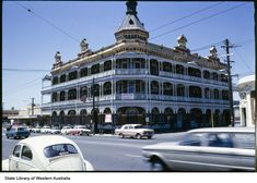 Federal Hotel, Wellington Street, Perth - Demolished to make way for Mitchell Freeway, 1960s