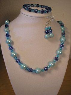 Blue Crackled Quartz/Glass pearl set by CreationsbyMaryEllen, $17.75