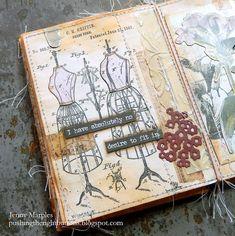 Collage Vintage, Collage Art, Vintage Art, Handmade Books, Haberdashery, Book Pages, Mini Books, Tim Holtz, Mini Albums