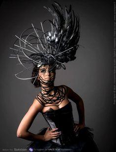 "Artémis - Headdress Fraise au Loup - #horn #fashion ""couture #hautecouture #fashionweek #headdress #fraiseauloup #photography #freespirit #valkyrie shop FraiseauLoupCostumes sur Etsy"